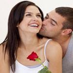 Körpersprache beim ersten Date